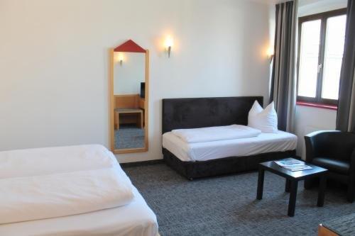 Hotel Roter Hahn - фото 2