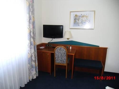 Centralhotel Ratingen - фото 4