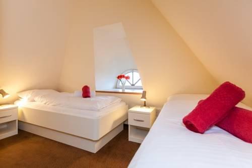 Rantum Dorf - Ferienappartments im Reetdachhaus 2 - фото 5