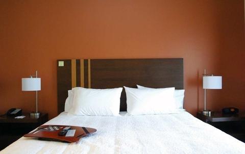 Photo of Hampton Inn & Suites Philadelphia/Bensalem