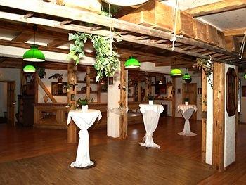 West Hotel an der Sachsischen Weinstrasse - фото 5