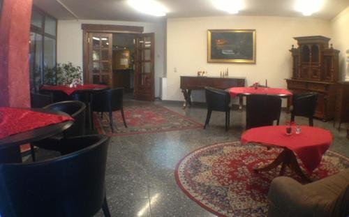 West Hotel an der Sachsischen Weinstrasse - фото 7