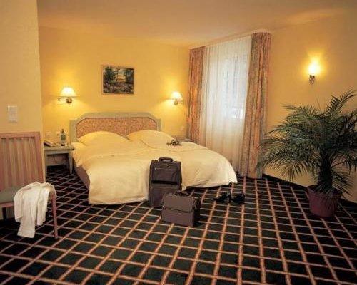 Landhotel Potsdam - фото 1