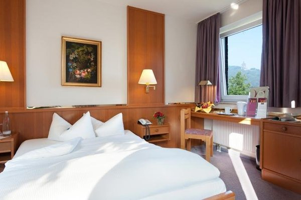 Hotel Porta Westfalica - фото 1