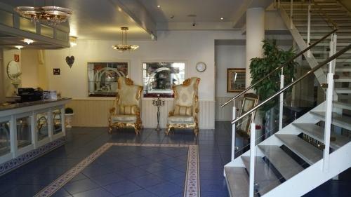 Bach Hotel - фото 6