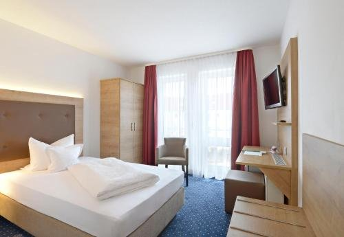 Hotel Poinger Hof - фото 37