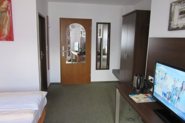 Park Hotel Lindenhof - фото 2