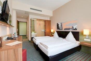 Novina Hotel Tillypark - фото 2