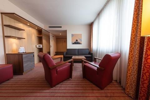 Novina Hotel Tillypark - фото 3