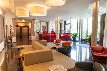 Novina Hotel Tillypark - фото 5