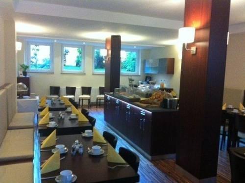 Hotel Hamburg - фото 10