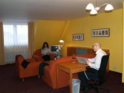 Hotel Hamburg - фото 6