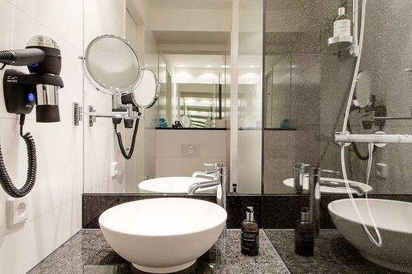 Motel One Nurnberg-Plarrer - фото 8