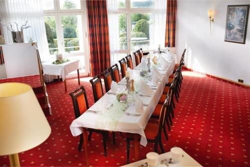 Hotel Derichsweiler Hof - фото 9