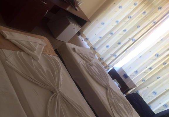 Family Hotel Eliri - фото 13