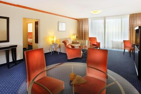 Best Western Hotel Frankfurt Airport Neu-Isenburg - фото 7
