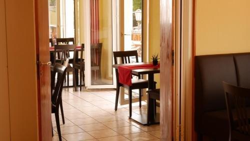 Hotel Restaurant Krone - фото 12