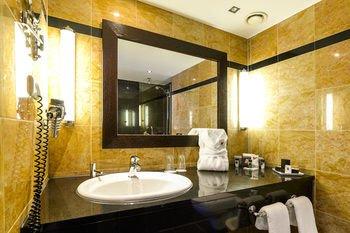 Hotel Ambiance Rivoli - фото 10