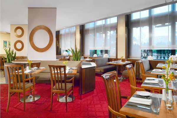 Sheraton Munchen Westpark Hotel - фото 12