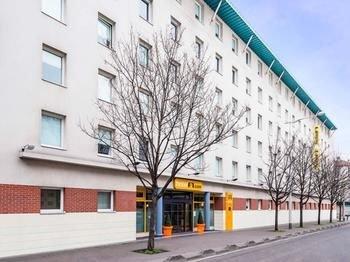 hotelF1 Paris Porte de Montreuil - фото 11