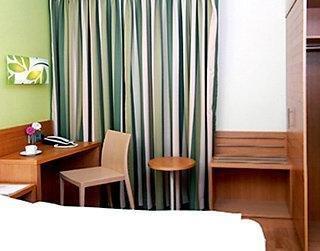 Business & Budget Hotel Tessin - фото 18