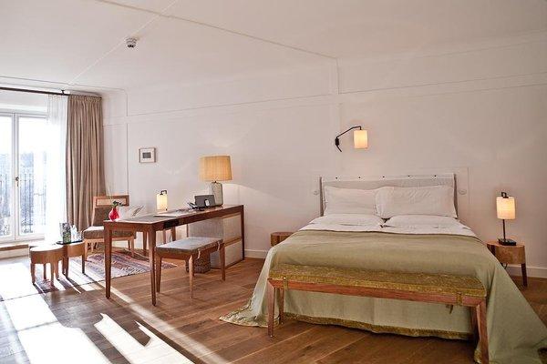 Louis Hotel - фото 1