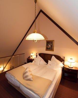 Отель Exquisit Munchen - фото 1