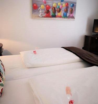 Отель Exquisit Munchen - фото 5