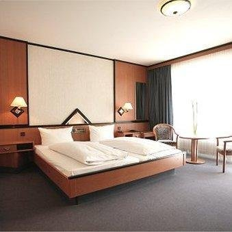 Hotel Senator Munchen - фото 15