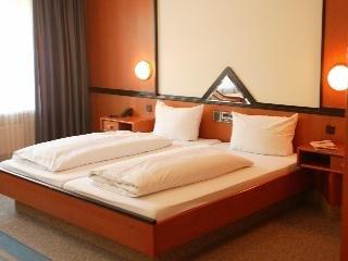 Hotel Senator Munchen - фото 1
