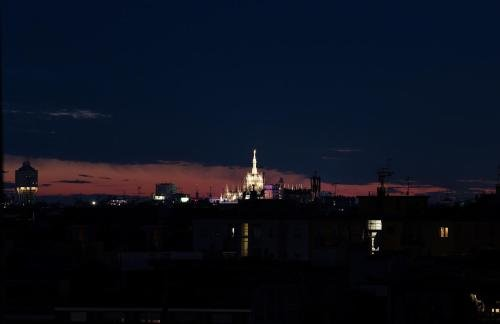 Milan Skyline Apartment - фото 23