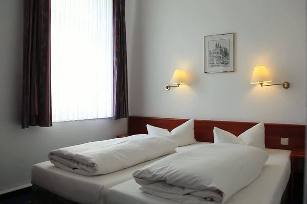 Hotel Ross - фото 1