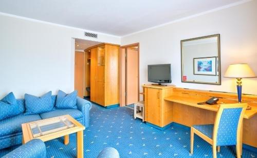 Ramada Hotel Magdeburg - фото 3