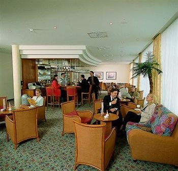Ramada Hotel Magdeburg - фото 5