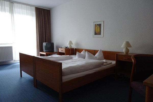 Skl Hotel Am Salbker See, Магдебург