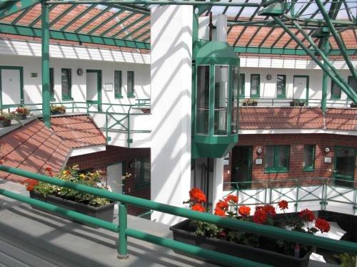 Hotel Merkur - фото 22