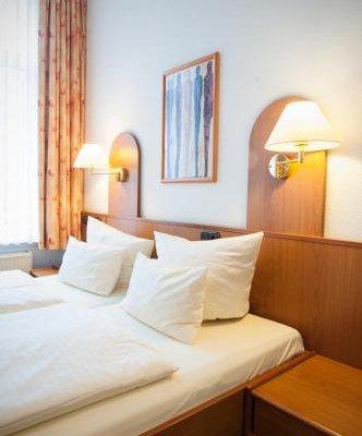 Hotel Lindenhof - фото 2
