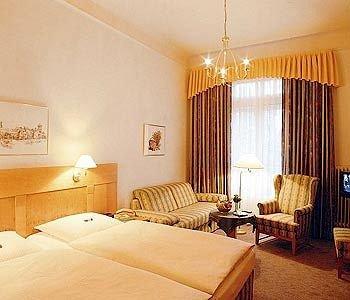 Park Hotel Am Lindenplatz - фото 1