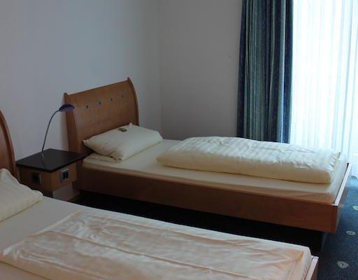 AXXE Hotel Kassel Ost - фото 5