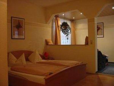 Hotel Zur Linde - фото 3