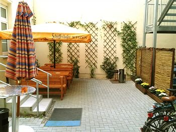 Sleepy Lion Hostel, Youth Hotel & Apartments Leipzig - фото 19
