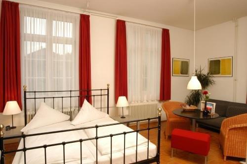 ABC Hotel - фото 2