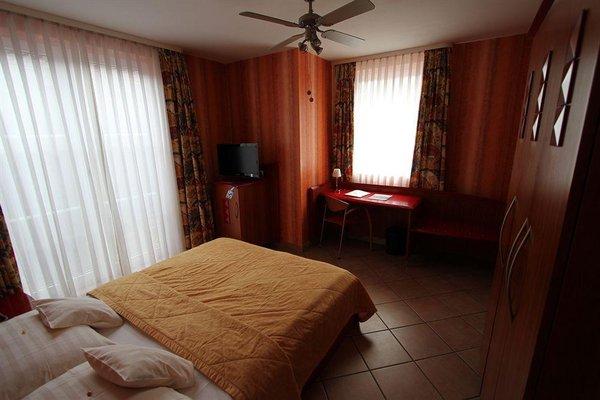 Гостиница «Mado», Кельн
