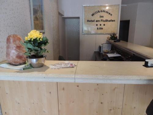 Hotel Am Flughafen - фото 17