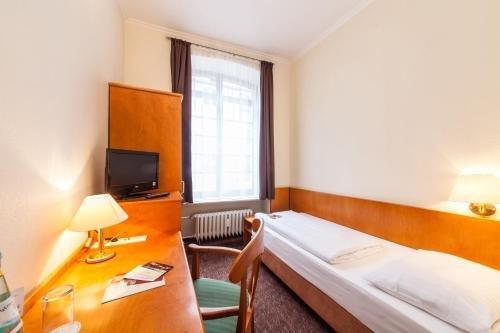 Novum Hotel Ahl Meerkatzen Koln Altstadt - фото 1