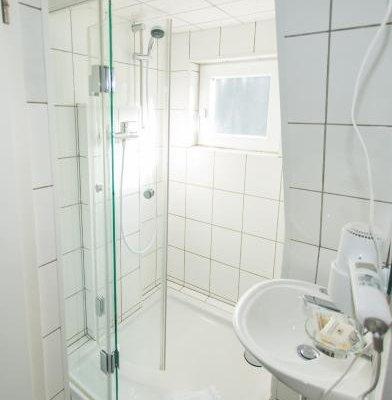 Hotel Lowenbrau - фото 7