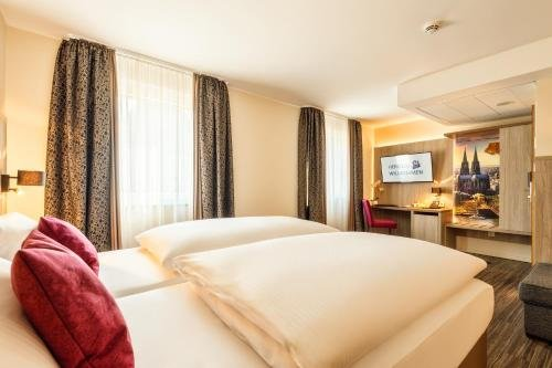CityClass Hotel Caprice Am Dom - Superior - фото 2