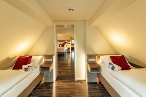 CityClass Hotel Caprice Am Dom - Superior - фото 9