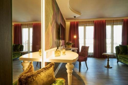 Classic Hotel Harmonie - фото 10