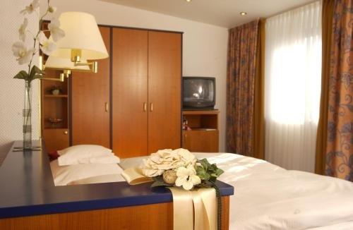 Hotel Spiegel - фото 1